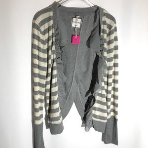NWT Poof Excellence Grey & Cream Sweater Large